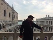 На галерее Собора Святого Марка в Венеции над Пьяцеттой